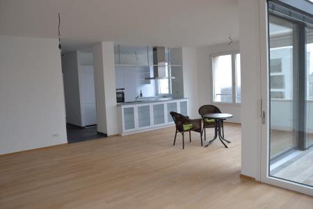 KILLESBERGHÖHE einmalige Chance: Traumhaftes gemütliches Penthouse mit Aufzug direkt in die Wohnung