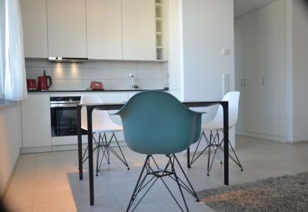 Voll möblierte Designerwohnung auf ca. 49 m² mit Tiefgaragenstellplatz am Höhenpark
