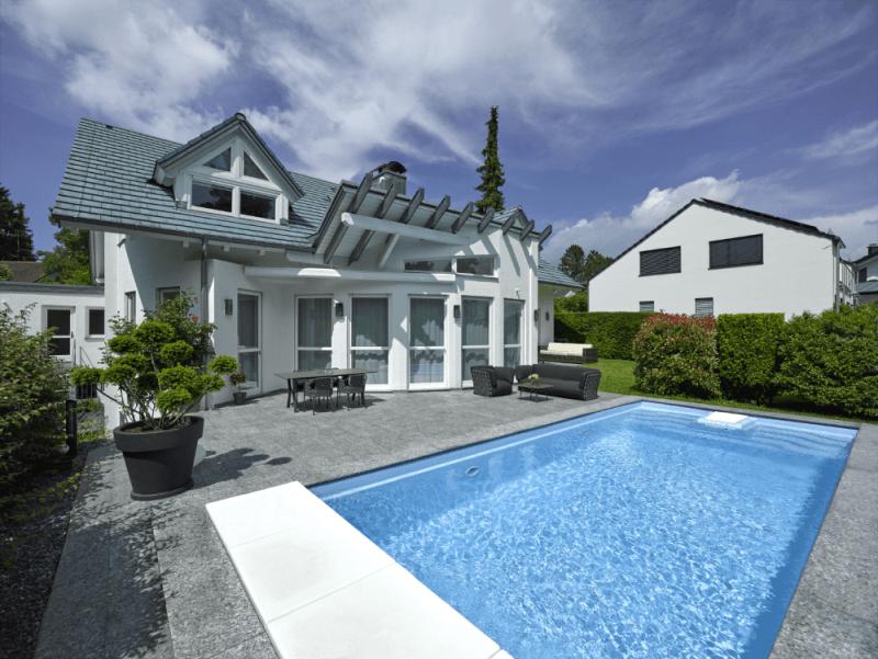 **Provisionsfrei von Privat ! Luxuriöses Generationenhaus mit Einliegerwohnung Garten und Pool**