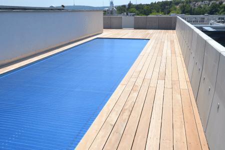KILLESBERGHÖHE: Penthouse der Superlative direkt am Park mit Blick & Außenswimmingpool auf dem Dach