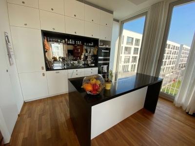 KILLESBERGHÖHE: Herrliche 4,5 Zimmer-Wohnung mit Blick auf den Höhenpark