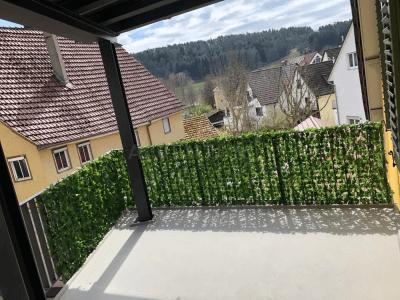 4,5-Zimmer Wohnung mit Topküche und Balkon nähe Sindelfingen
