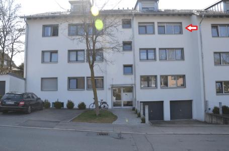 Wunderschöne neue helle 3 Zi-Wo. mit Süd-Balkon, Küche: Erstbez.nach Renovierung, nähe Haus d.Konfek